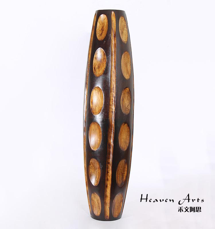 精致选用木和铜等材质制作虽不似陶瓷玻璃般易碎,但保养也需要用心.