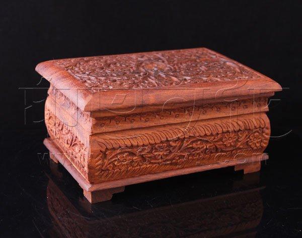 印度酸枝木雕花首饰盒
