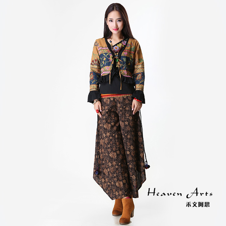 【印·时尚】禾文阿思·钉珠小外衣